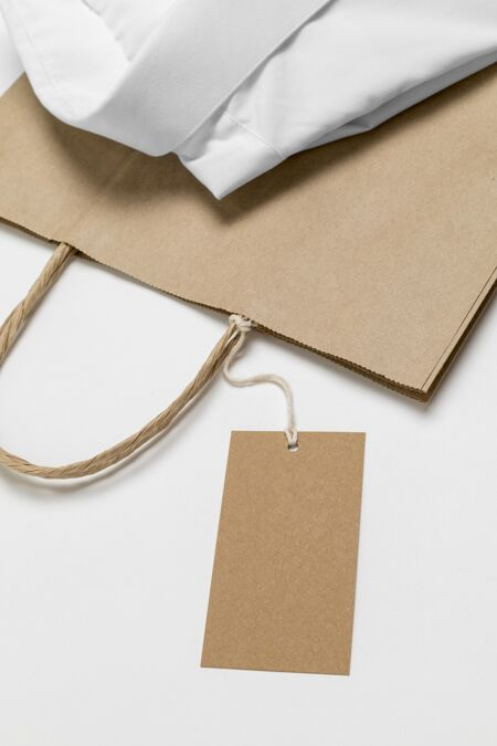 环保价格标签和正式衬衫纸袋?模型