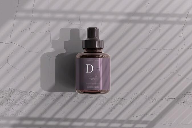 琥珀玻璃滴管瓶模型